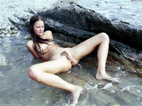 Nude Women Peeing