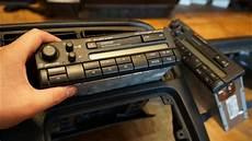 vw golf 3 orginal radio ausbauen tauschen tutorial