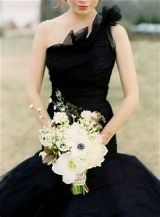 wedding lady black wedding dress