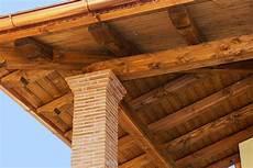 tetto a padiglione in legno ristrutturazione tetti in legno mario taddei srl