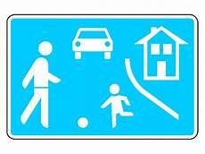 Was Müssen Sie Bei Diesem Verkehrszeichen Beachten - ikiwiki das lehrbuch myf 252 hrerschein