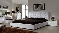 Furniture For Bedroom Ideas by Modern Bedroom Design With Simple Decorating Ideas