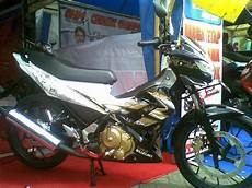 Modifikasi Motor Skywave by Modifikasi Warna Suzuki Skywave Thecitycyclist