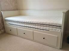 ikea hemnes tagesbett ikea hemnes daybed 2 mattresses 3 drawers 2 months