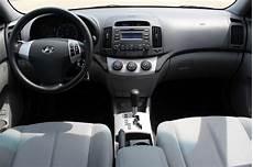 how petrol cars work 1994 hyundai elantra interior lighting 2009 hyundai elantra pictures cargurus