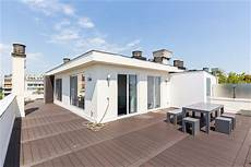 appartement de luxe avec terrasse simple contact