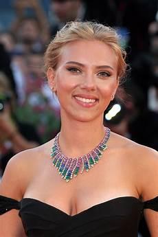 Scarlett Johansson Scarlett Johansson Biography Filmography Net Worth