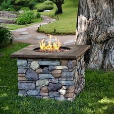 Feuerstelle Garten Bauen Gas Bruchsteine Holz Dielen