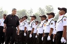 Berita Keselamatan Pdrm Sah pengawal keselamatan wajib buat pengesahan kad pengenalan