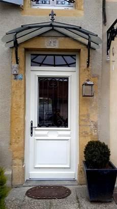 porte d entrée blanche porte d entr 233 e blanche avec vitre et grille de d 233 fense