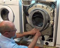 Whirlpool Waschmaschine Pumpe Reinigen - how to replace whirlpool washing machine door seal