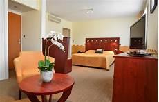 Chambres Sup 233 Rieures H 244 Tel Richelieu 224 Mont De Marsan
