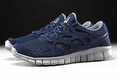 nike free run 2 midnight navy flat silver 537732 402