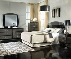 Bedroom Ideas Grey And Black by 40 Stunning Grey Bedroom Furniture Ideas Designs And