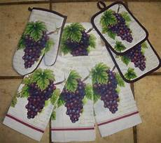 Kitchen Linens And Decor by 7 Grape Clusters Kitchen Towel Set By Mainstay 19