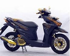 Vario 125 Modif Touring by Modifikasi Honda Vario 125 Touring Elegan Desain Honda