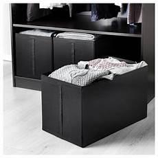 scatole per guardaroba come organizzare il guardaroba con le scatole per armadi