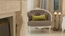 divanetti antichi barocco sontuosi colori ed eleganti mobili westwing