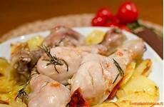 come cucinare il pollo al forno con patate pollo al forno con patate ricetta semplice e veloce