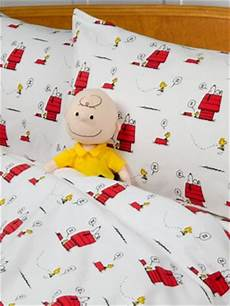 peanuts gang flannel sheet set bedding with snoopy and woodstock print