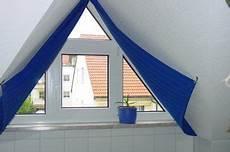 Verdunkelung Für Dreiecksfenster - vorh 228 nge an giebelfenster gl 252 ck raumausstattung dresden