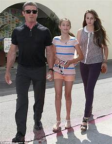 filmy z sylvestrem stallone sylvester stallone takes daughters to lunch with his the