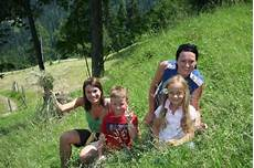 Malvorlagen Sommer Romantik Kinder Wandern Sagenhaft In Tiers Am Rosengarten