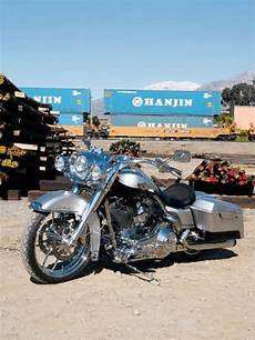 Harley Davidson Cing Gear by 100th Anniversary 2003 Harley Davidson Road King Self