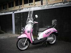Modifikasi Scoopy 2011 by Modifikasi Honda Scoopy Pink Style Retro 2011