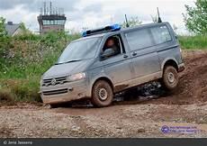 vw t5 4motion offroad vw transporter t5 4motion volkswagen fustw vw t5