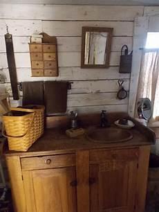 primitive bathroom ideas 237 best primitive colonial bathrooms images on