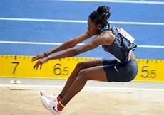 record du monde du saut en longueur saut en longueur wikip 233 dia