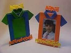 portaretrato de goma en forma dd camisa portaretratos infantil manualidades dia del