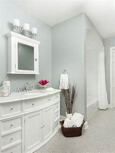 small bathroom paint color idea boothbay gray by benjamin looks like a grey