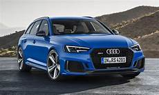 2020 audi rs4 avant top speed