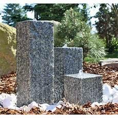 springbrunnen aus stein s 228 ulen brunnen aus stein mit led beleuchtung granit