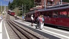 treno a cremagliera ferrovia vitznau rigi kulm cremagliera zahnradbahn