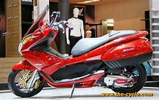 Modifikasi Honda Pcx by Doctor Matic Klinik Spesialis Motor Matic Modifikasi