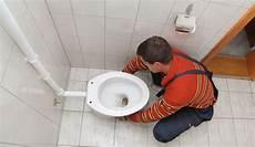 alte geberit betätigungsplatte austauschen wc austauschen toilette einbauen so geht s bauen de