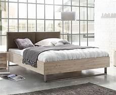 Industrial Style Bett Mit Kufen Und Kunstleder Kopfteil
