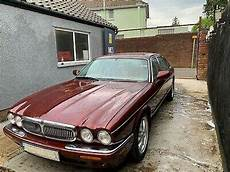 jaguar occasion bordeaux jaguar xj sovereign 4 0 conduite 224 droite berline bordeaux