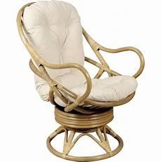 fauteuil pivotant et basculant en rotin