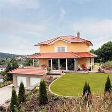 Runder Garten Zu Mediterranem Fertighaus Haus Bauen