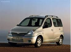 toyota yaris verso specs photos 1999 2000 2001 2002