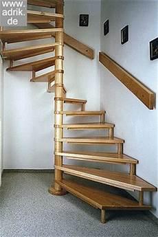 Stahlwangen Treppen Mit Edelstahl Oder Stahlgel 228 Nder