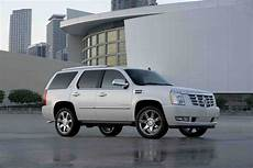 best car repair manuals 2011 cadillac escalade electronic toll collection 2011 cadillac escalade hybrid autoguide com news