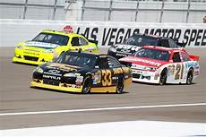 national association for stock car auto racing wikip 233 dia