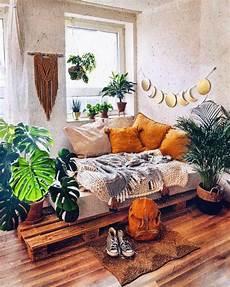 Desain Interior Ruang Santai Dengan Sentuhan Grunge Dan