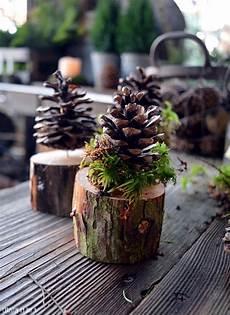Weihnachtsdekoration Mit Tannenzapfen Weihnachtsdeko Mit
