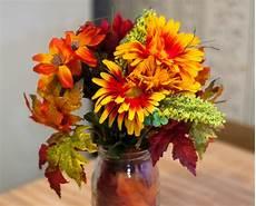 composizioni fiori autunnali tante composizioni di fiori finti autunnali per decorare